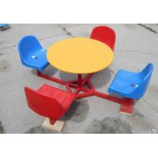 Стол с сидениями